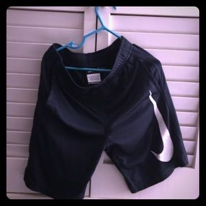 Nike shorts for boys sz7